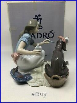 Lladro Take Your Medicine Girl & Dog Figurine 5921 Mint with Box