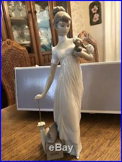 Lladro Traveling Companions. Lady With Dog