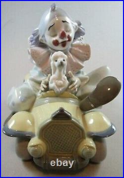 Lladro Trip to the Circus / Clown & Dog in Car # 8136