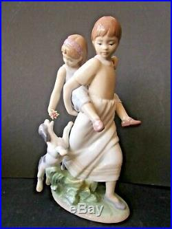Lladro Two Sisters & Their Dog'Oh Happy Days' 8353
