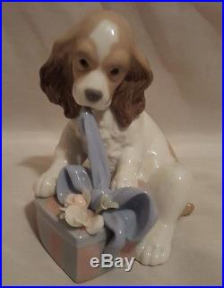 Lladro Utopia Collection Can't Wait Dog #8312 No Box