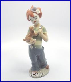 Lladro Utopia Figurine #8237 Stage Partners, Clown Holding Puppy Dog, MIB