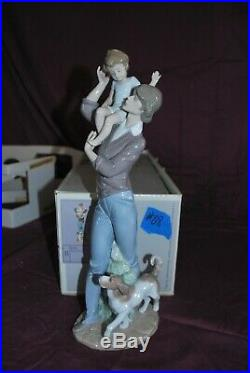 Lladro Walk with Father Holding Child and Puppy Dog Gloss Finish Figurine 5751