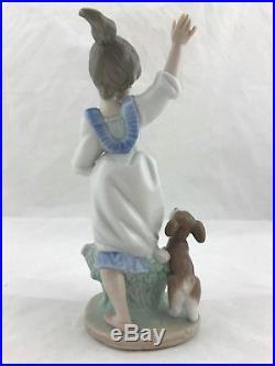 Lladro Wednesday's Child Niña Miercoles girl and dog figurine 6016