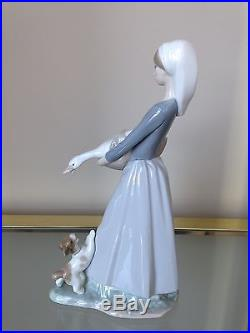 Lladro Woman with Goose and Dog Retired Excellent Condition