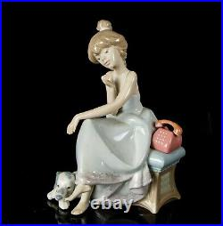 Lladro -chit Chat- Figure Model 5466 Girl Lady Telephone Dog Puppy Dalmatian Box