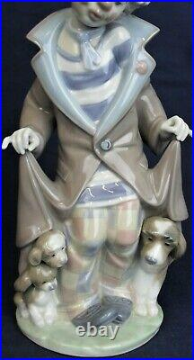 Lladro clown with dogs SURPRISE model 5901 produced 1992-2010