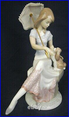 Lladro figure PICTURE PERFECT girl & dog 7612 5th anniversary special 1991-1991
