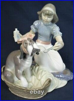 Lladro figure TAKE YOUR MEDICINE model 5921 produced 1992-1998