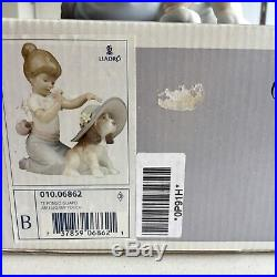 Lladro figure with dog An elegant touch In original box