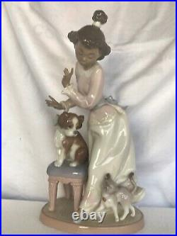 Lladro figurine young lady with dog and cat, 9tall 5wide, Black Legacy