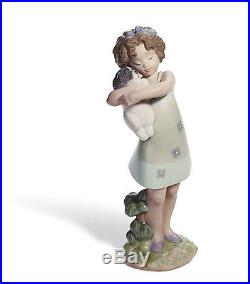 Lladro girl and a dog 01008241 LEARNING TO CARE 8241 in original Box