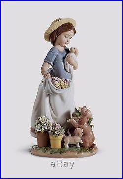 Lladro girl with dogs flowers 01006907 A ROMP IN THE GARDEN 6907 Box
