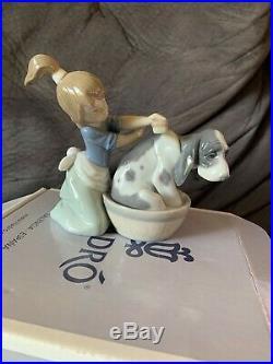 MINT IN BOX Lladro Figurine 5455 Bashful Bather, Girl, Dog, Bath