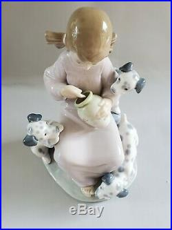 MINT Lladro Honey Lickers Girl with Dalmatian Dogs Puppies 1248 Figurine Gift