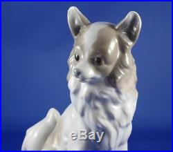 Nao by Lladro Large Pomeranian or Papillon Dog Porcelain Figurine Mint