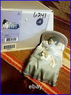 RARE FINE LLADRO COZY COMPANIONS #6541 w BOX BOY SLEEPING with DOG in BED