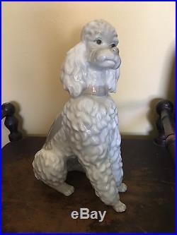 RARE LLADRO POODLE Dog Figurine Caniche