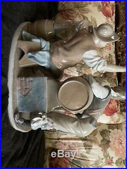 RARE Lladro Figurine #4956 Tavern Drinkers With Dog # 4901