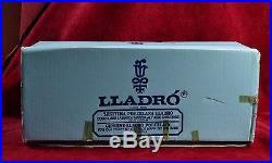 Retired Lladro #4761 Lady With Dog & Umbrella 14 Figure Mib, Dama Del Bulevar