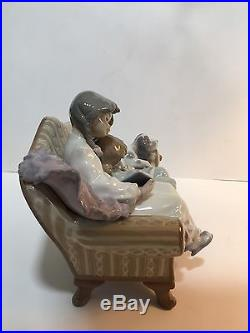 Rare Lladro #5735 Big Sister Children Dog Sofa MINT Condition