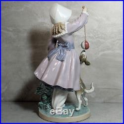 Rare Lladro Girl withDog & Ball #5078 Salvador Furio Porcelain Figurine