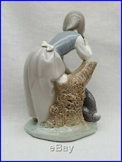 Rare Vintage Estate Lladro Porcelain Figurine 1246 Caress & Rest Girl Log & Dog