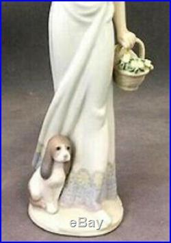 Retired LLADRO Spain Garden Classic 7617 Girl Parasol Dog Figurine NRFB