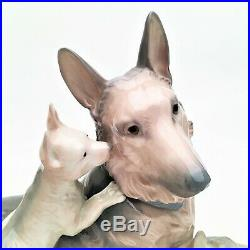 Retired Lladro #6454'German Shepherd with Puppies' Dog Figurine