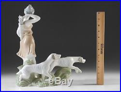 VERY RARE LLADRO DIANA 1135 with dogs One of a set of 7