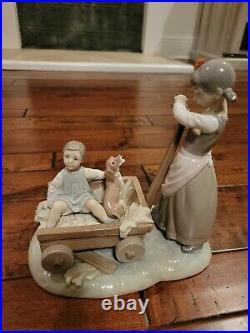 Very Rare Lladro Girl Pulling Boy Dog In Wagon #1245 Figurine Spain Valencia