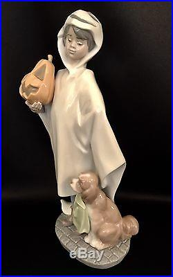 Very Rare Lladro Trick or Treat (6227 Mint in Box) Boy with Pumpkin & Dog