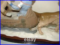 Vintage 1979 Lladro 5037 Sleigh Ride Large Porcelain Figurine Dog Pulling Sled