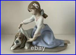 Vintage Lladro Figurine'Dog's Best Friend' 5688 Gloss Finish Rare Box Inc