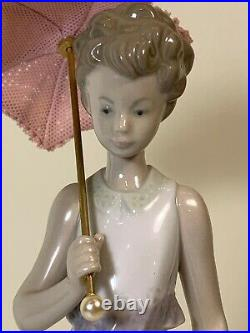 Vintage Lladro Garden Classic 7617 Girl With Parasol, Dog, Flower Basket