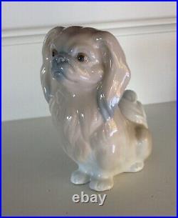Vintage Lladro Pekingese Dog Very Fine Porcelain Figurine