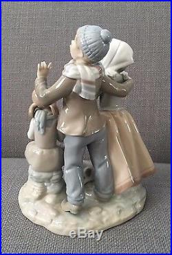 Vintage Lladro Singing Family with Dog (No Reserve)