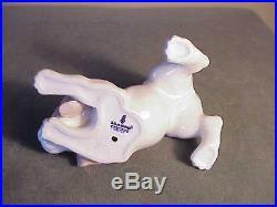Vintage Retired Lladro Porcelain Pouncing Beagle Puppy Dog Figurine #1070